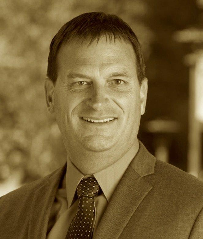 Photo of Professor Robert Ernst